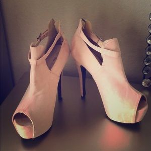 Peep toe platform bootie stiletto heel